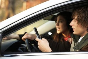 distracted driving by teens
